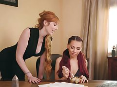 Ginger milf Lauren Phillips is coition with young lesbian Sabina Rouge