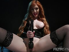 Nasty mistress Lauren Phillips forces her slave to erosion his own cum