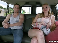 Amateur girl Sunny Marie takes money to antic in the van