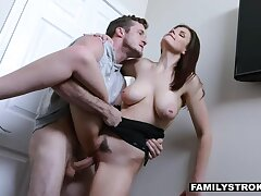Stepsis so angry with stepbro that she opens her threadlike legs wide be worthwhile for his massive willy