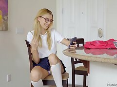 Blonde doll Alexa Grace doesn't need more than his hanker dong