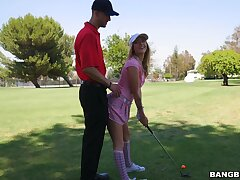 Golf complain gets the job done with sexy knockout Karla Kush