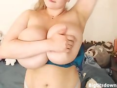 Blond Horripilate Girl with 55N giant special